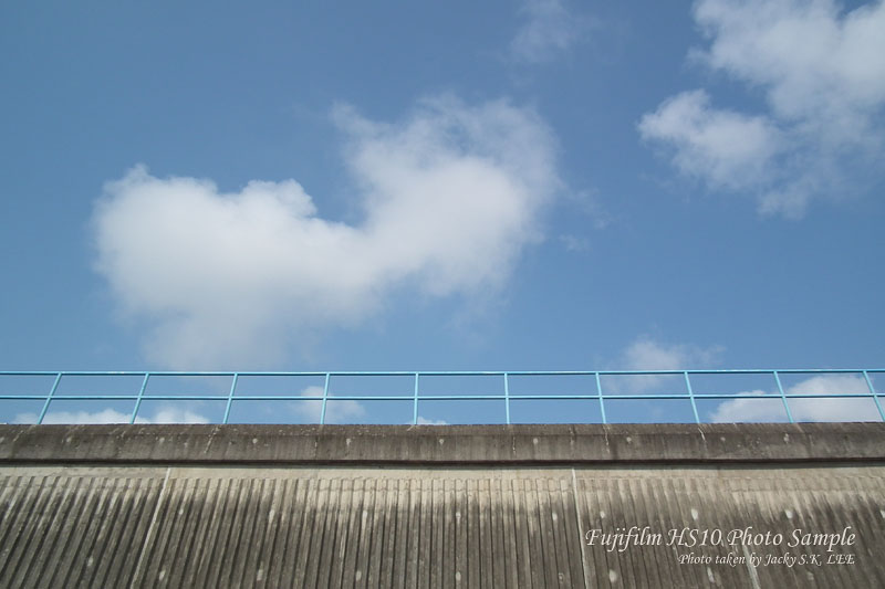 ISO 100: -1 exposure compensation was used in order to have a more saturated blue colour of the sky (firmware 1.01)