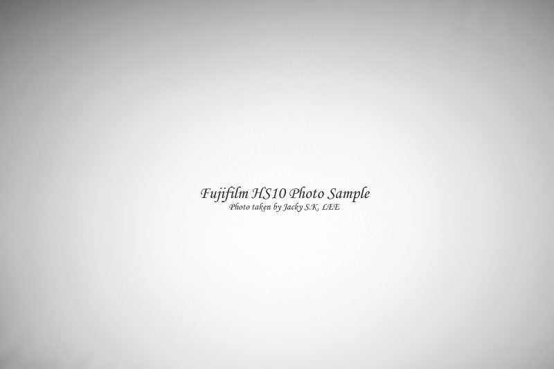 24mm f/8 (with filter & hood)