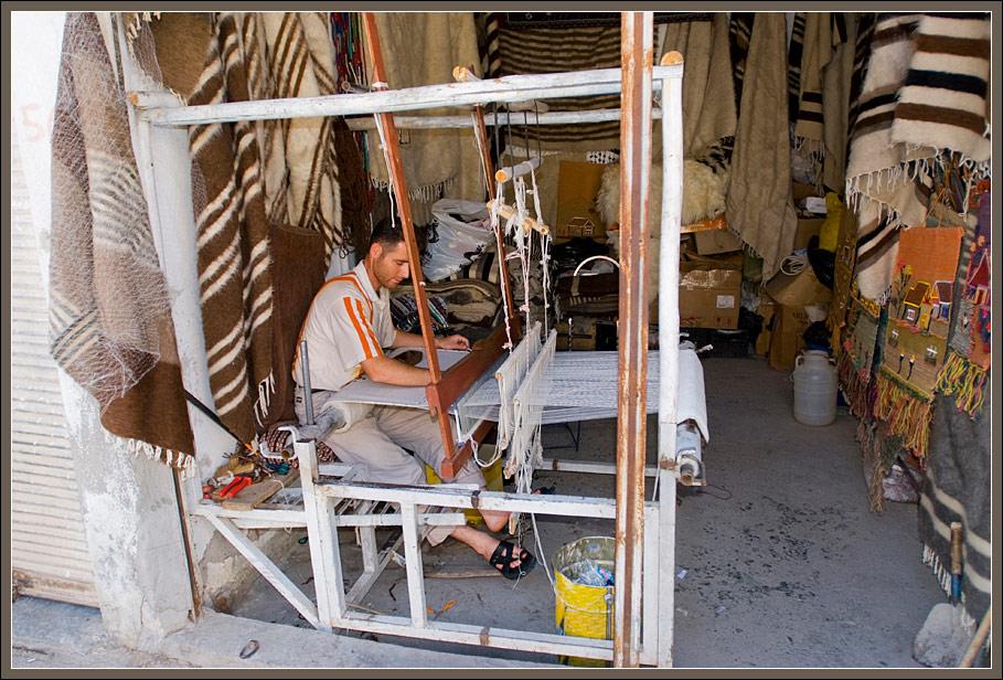 A weaver in Hasan Keif