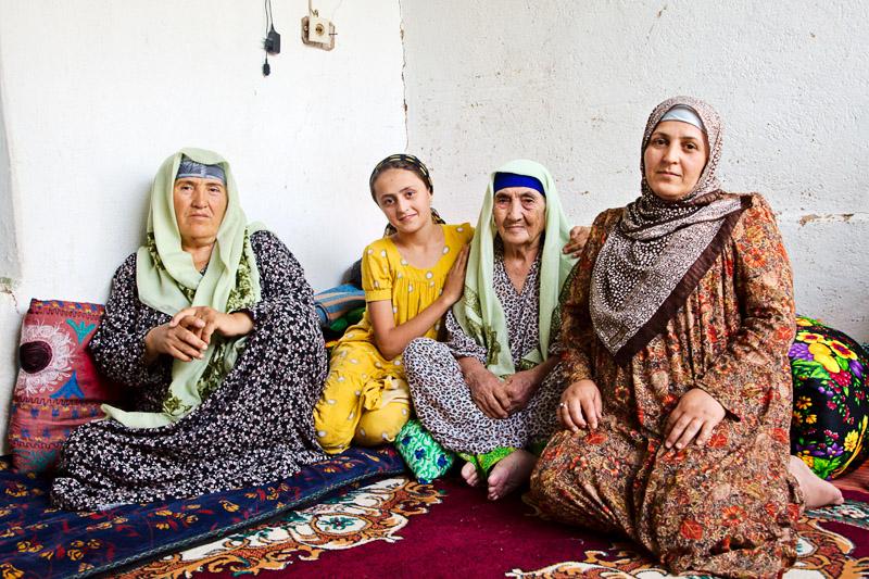 Sharif Moh and family - Gharm