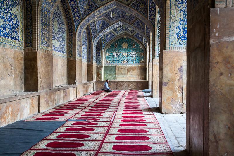 Muslim man prays - Esfahan
