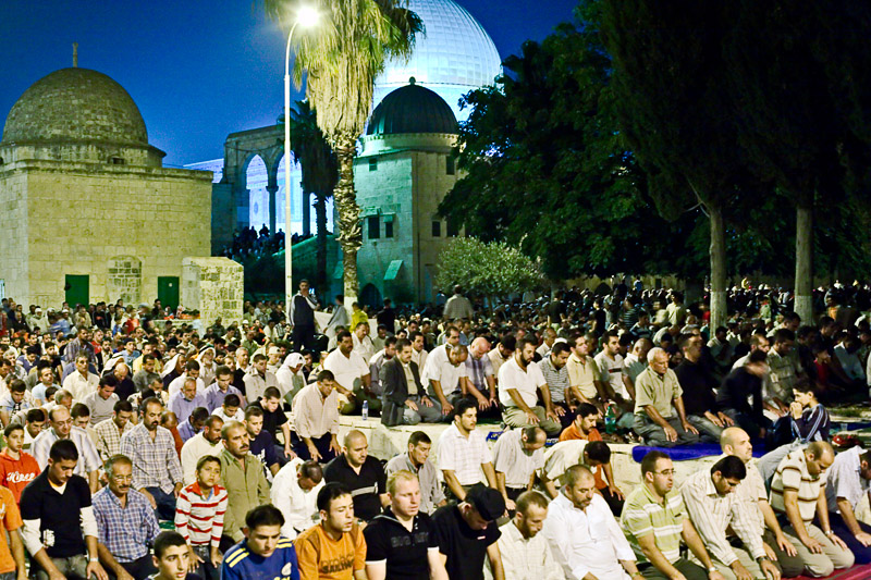 Laylat Al Qadr prayers - Haram Al Sharif, Jerusalem