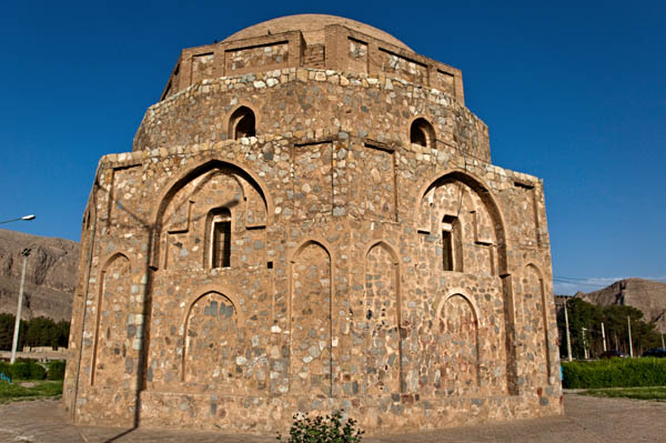 Gonbad -e- Jabaliyeh ( Jabaliyeh Dome )
