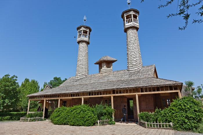 Wooden Mosque 2/2 (Exterior)