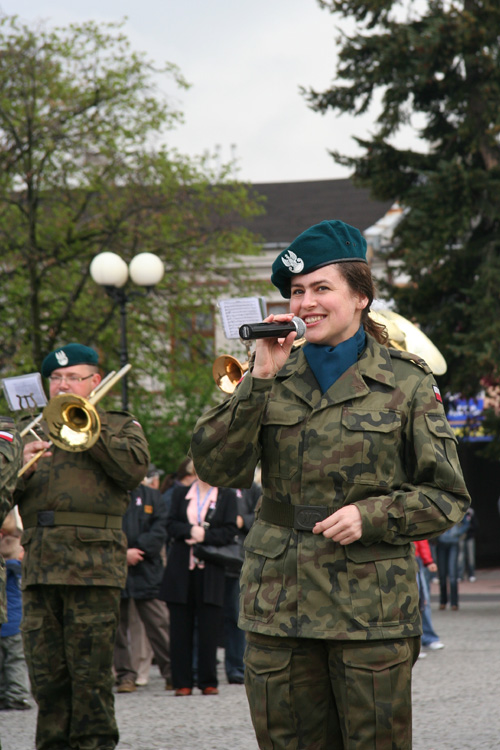 Mrs. Corporal sings