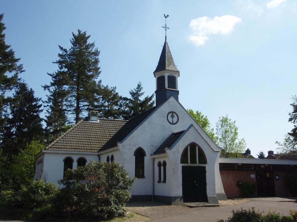 Maarn, prot kapel (Witte Kerkje), 2008.jpg