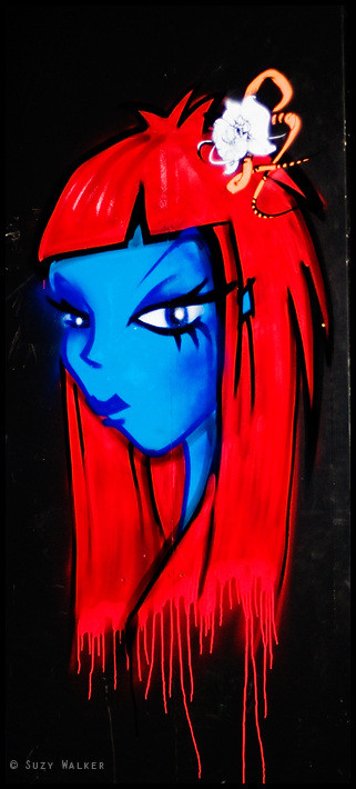 Blue and red graf girl