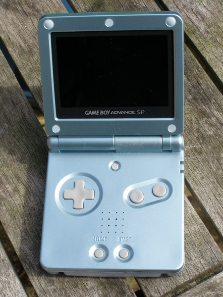 Gameboy Advance Sp Pearl Blue Ags 101 Photo Annette Tony