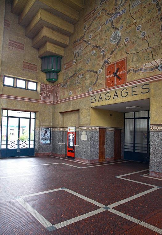 Train Station in Dinan4.jpg