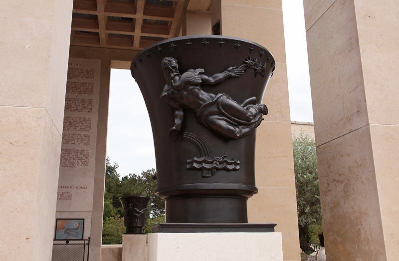 Omaha Beach Memorial17.jpg