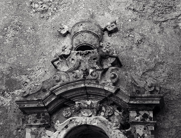 San Pietros Crown