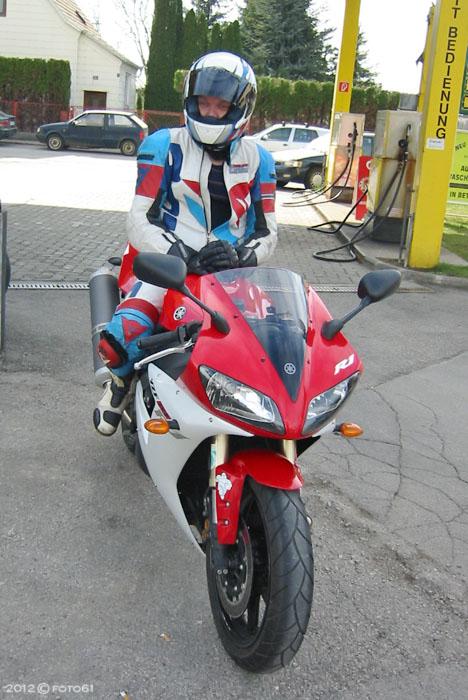 #005 Yamaha R1