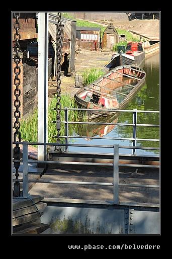 Lifting Bridge & Sunken Barge, Black Country Museum