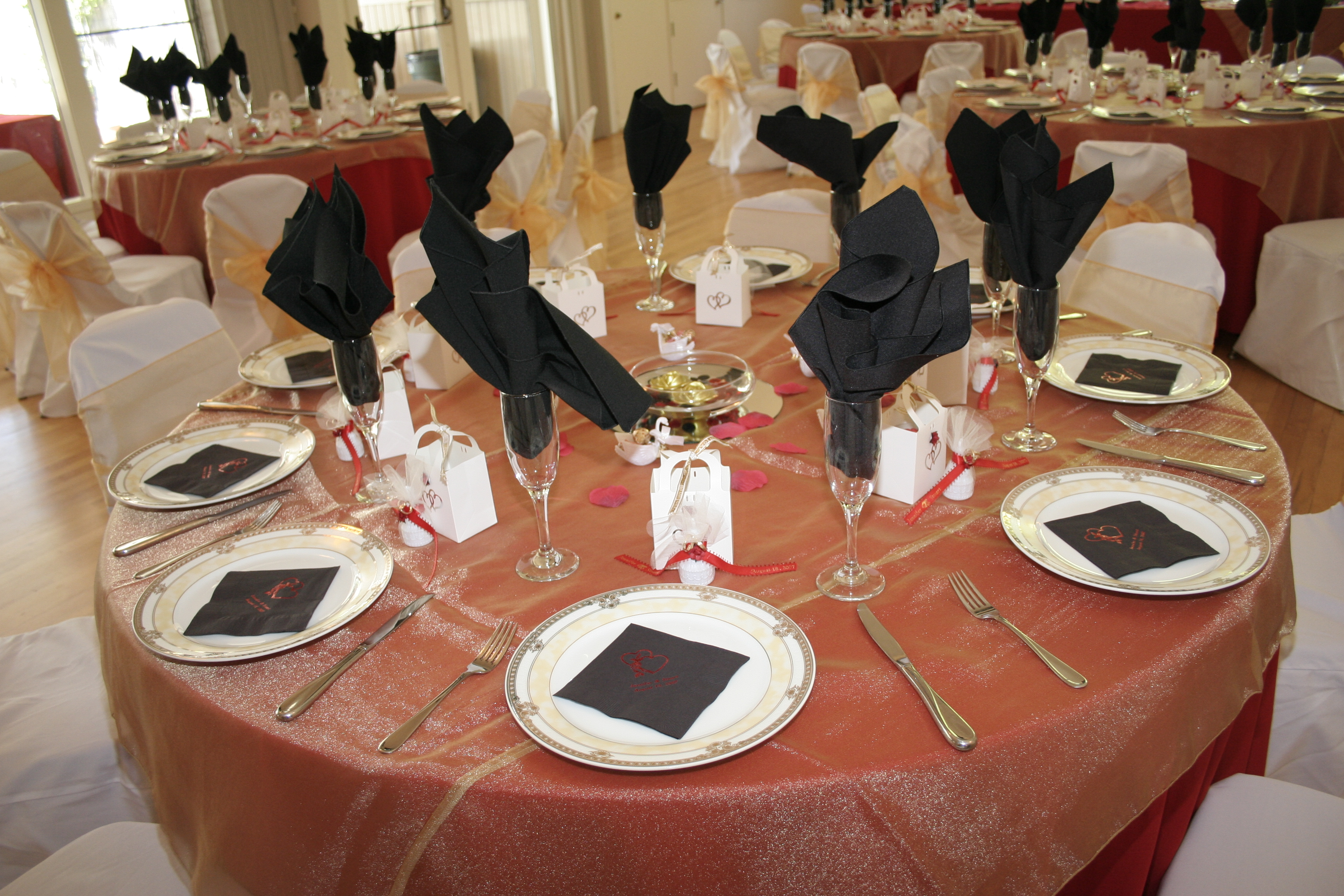 Table by ALL EVENTS PHOTOGRAPHY & VIDEO PRODUCTIONS