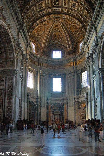 Inside St. Peters Basilica 03