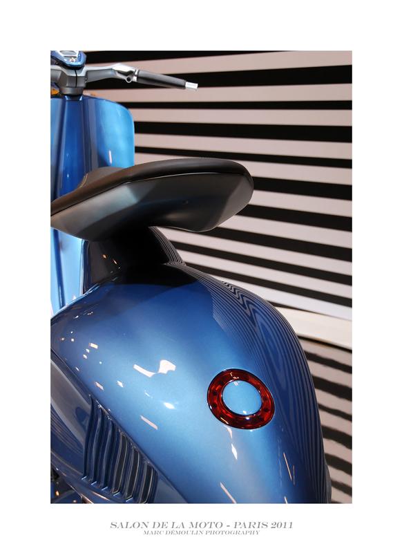 Salon de la Moto et du Scooter - Paris 2011 - 16