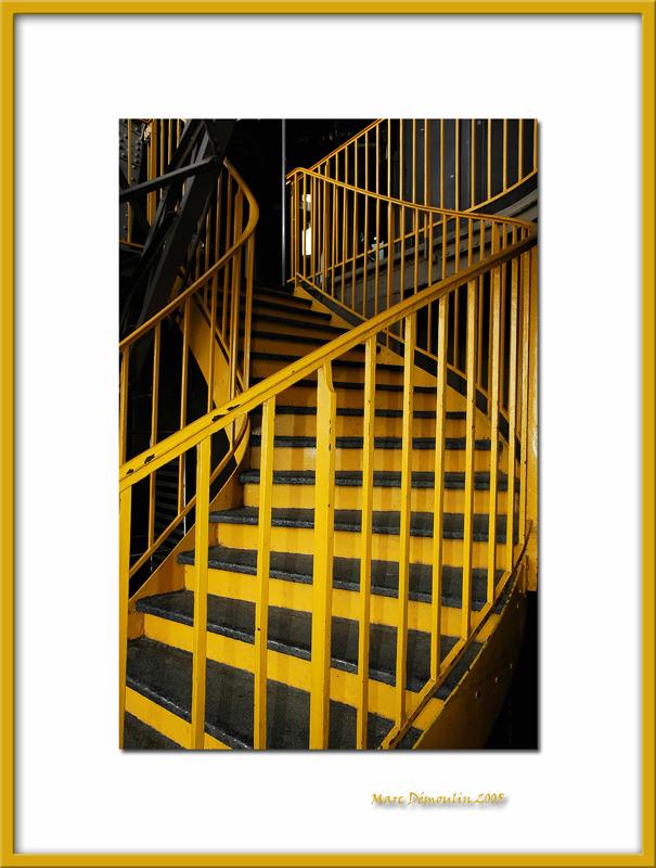 Yellow stairs, Paris