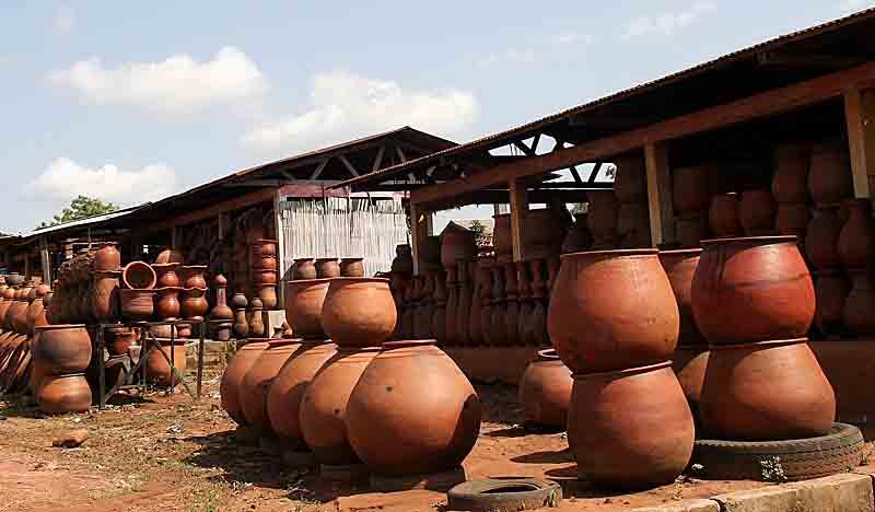 Pottery village Sé. Benin.