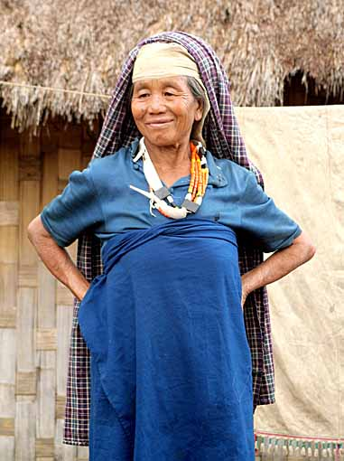 our guide´s mother in Hejaichak