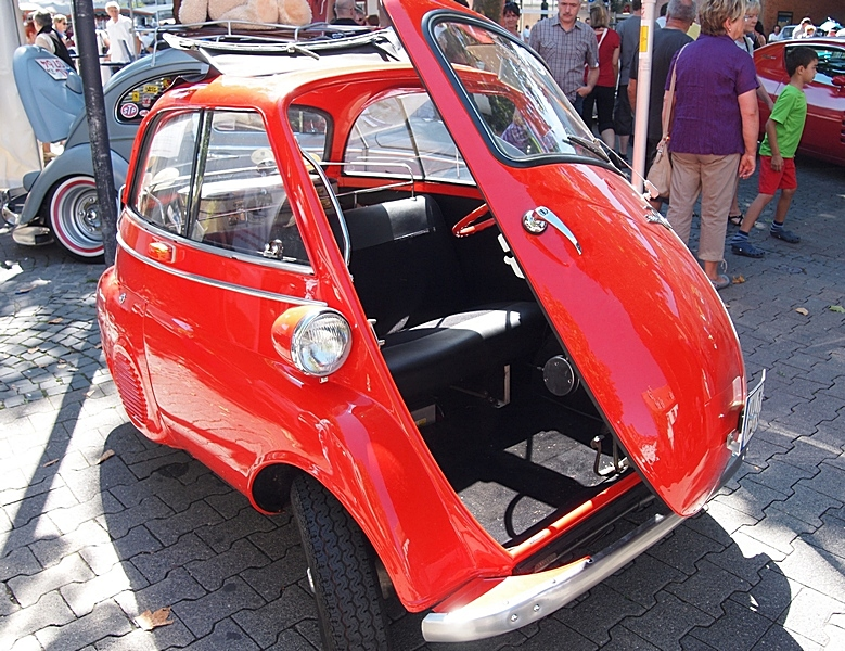 BMW Isetta Open Door