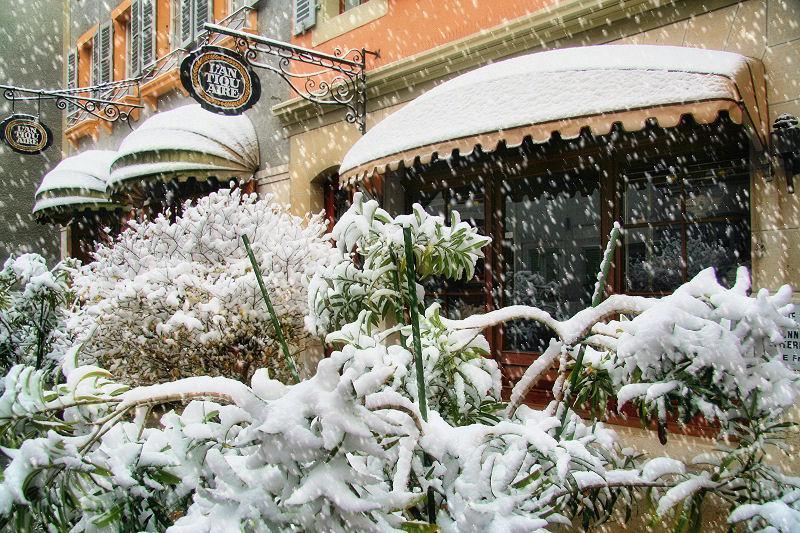 The antique shop winter