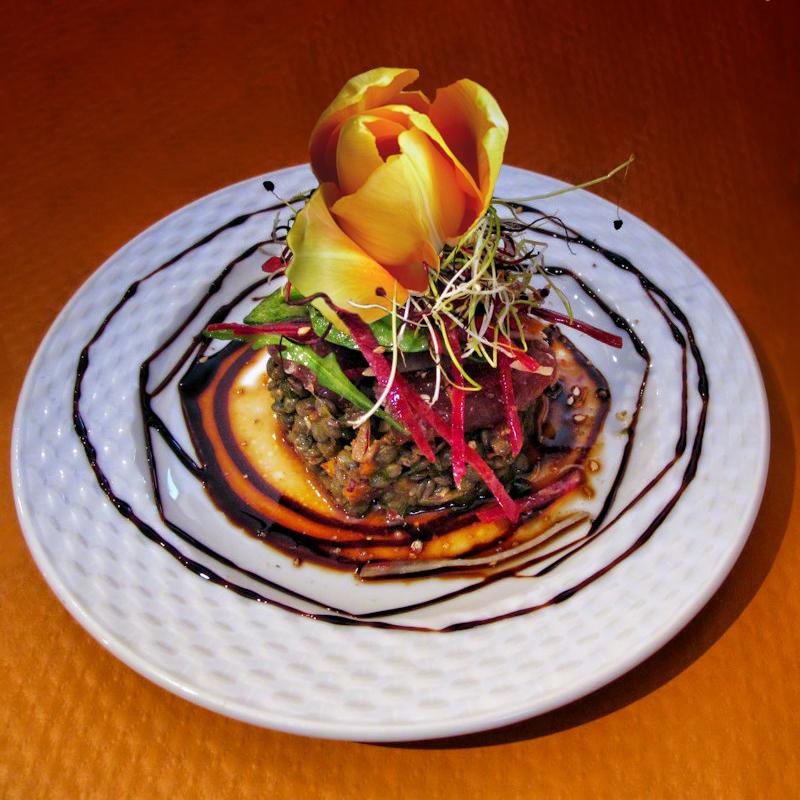 Tuna fish sashimi for a tulip