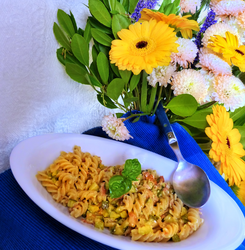 Too many flowers feel like eating fusilli...