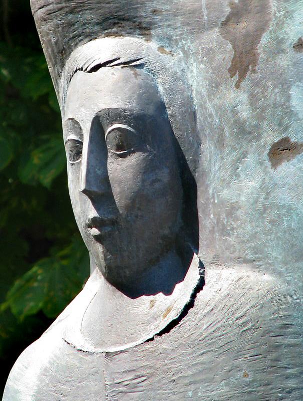 extrait dune statue
