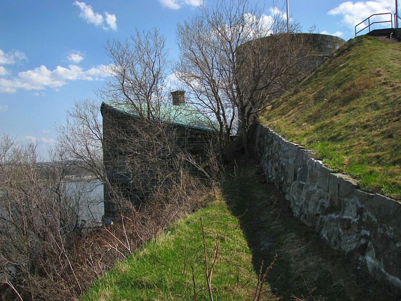 la citadelle coté fleuve