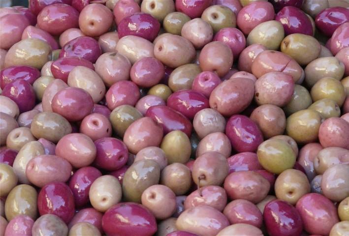 I Got Kinda Addicted To The Pink Olives