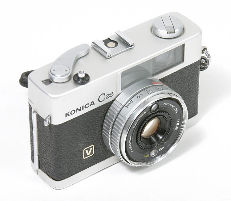konica.c35v.142250.jpg