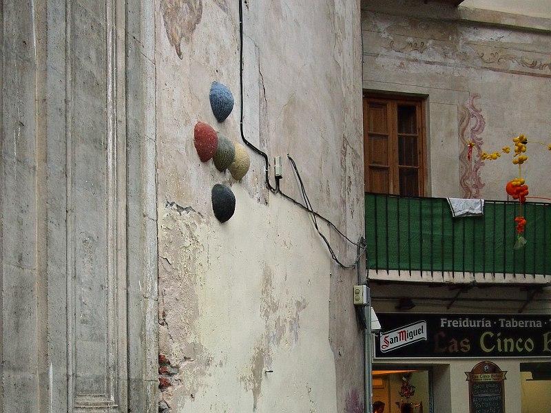 Cinco bolas, Iglesia de San Juan Bautista