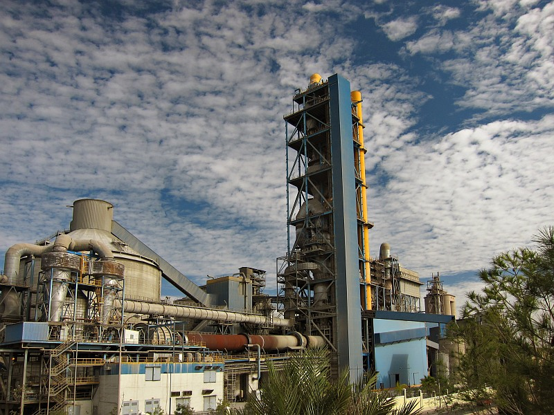 La Araña cement factory