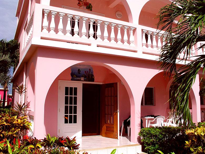 Dereks Casa, Caribe Island Resort