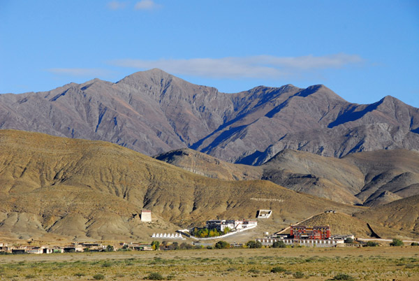 Kangchen Monastery, a short distance off the Friendship Highway