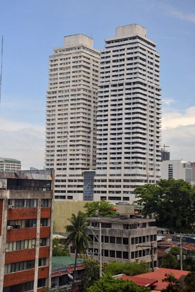 Royal Plaza twin towers, Malate