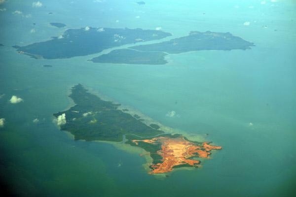 Pulau Telan, Pulan Gin Besar, Pulau Numbing, Riau Islands Province, Indonesia