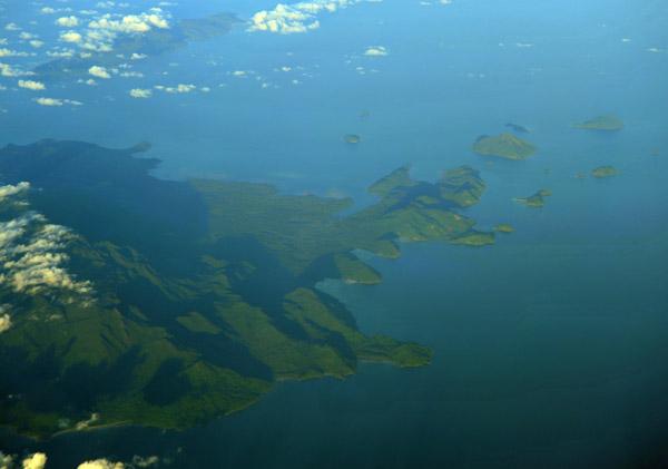 Karimata Islands off the west coast of Borneo, Indonesia (S01/E109)
