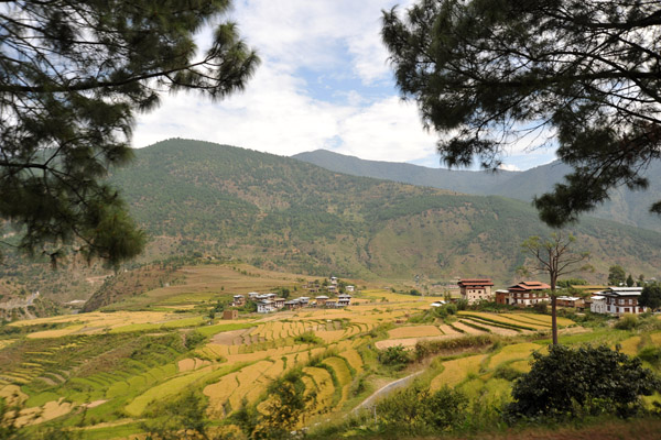 Villages and rice terraces at the start of the hike to the Temple of the Divine Madman