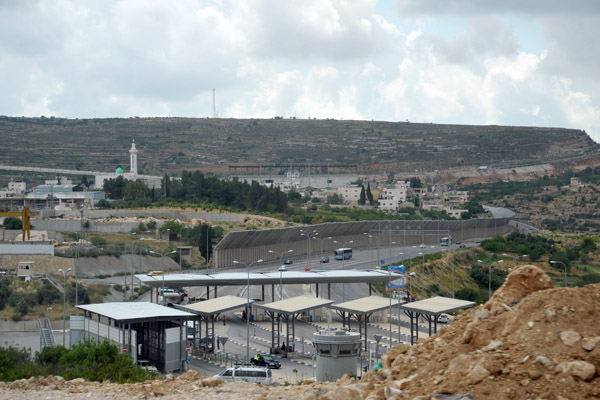Israeli checkpoint on Highway 60 south of Jerusalem
