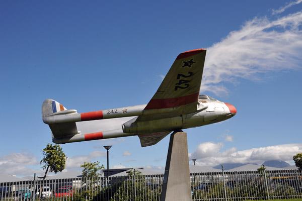 De Havilland DH.100 Vampire, South African Air Force (242)