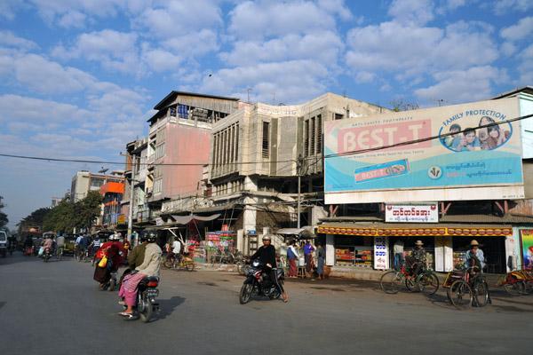 Bayintnaung Road, Mandalay