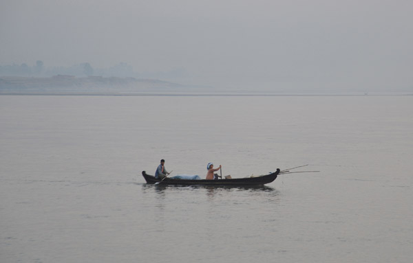 Paddling across the Irrawaddy to Sagaing, early morning