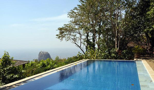 Pool of Popa Mountain Resort