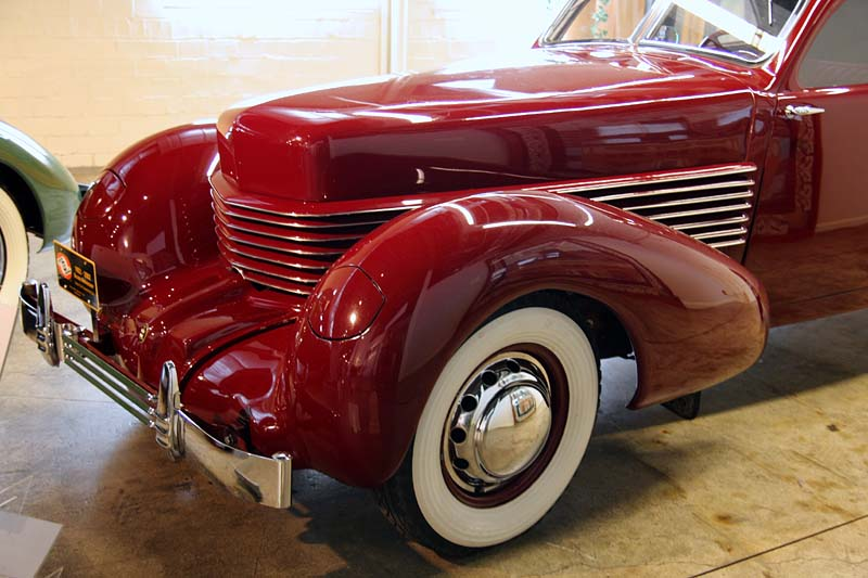 1936 Cord 810 Coupe