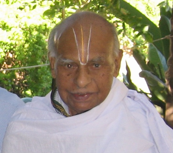 VaikuntavAsi Dr. u.vE. SMS Chari Swami