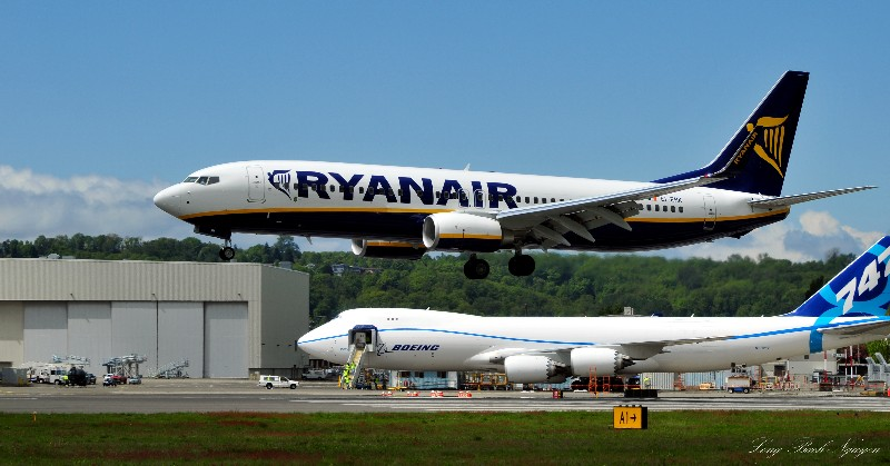 737 and 747-8F