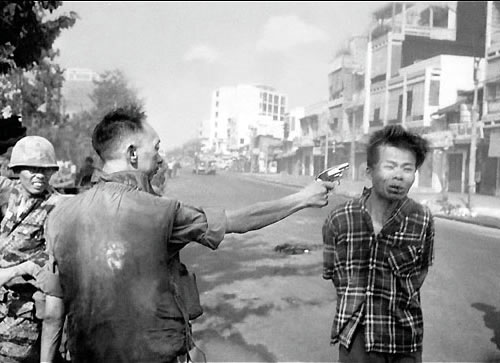 Murder of a Vietcong by Saigon Police Chief - Eddie Adams, 1968