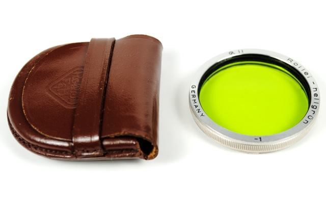 Rolleiflex R II Green Filter and Leather Case