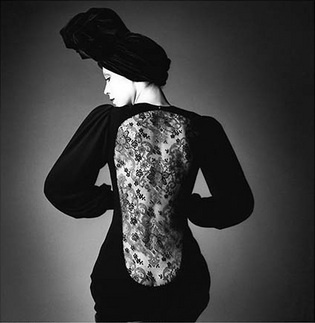 """Vogue"", dress by Yves Saint laurent, Paris, 1970 © Jeanloup Sieff"